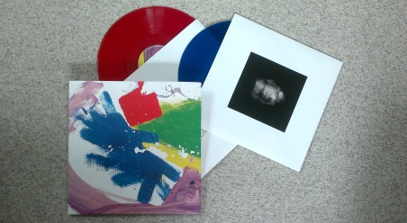 "alt-J ""This Is All Yours"" hier in blau/roter Vinylvariante"